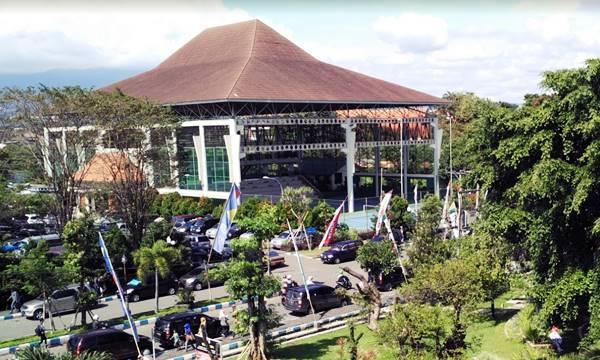Aula Perkumpulan Beberapa Jurusan di Fakultas MIPA UM Malang
