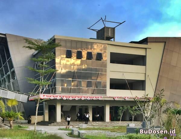 Gedung B Kampus Perkuliahan ITK Kalimantan