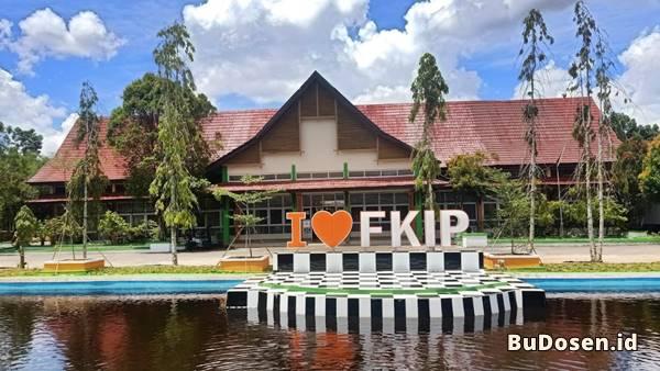 Gedung Kuliah Fakultas Keguruan dan ilmu Pendidikan di UNTAN Pontianak