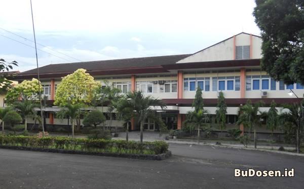 Gedung Kuliah Fakultas Teknik Universitas Lampung (UNILA)