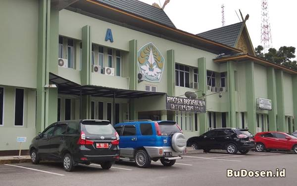 Gedung Kuliah Program Pascasarjana Universitas Riau