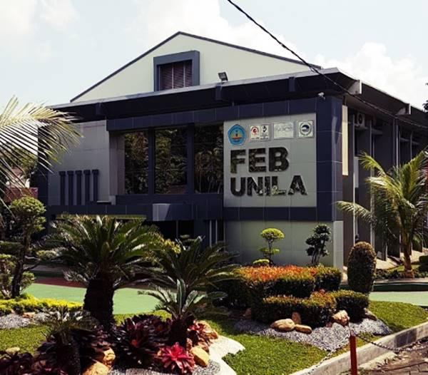 Gedung Kuliah Salah Satu Jurusan di UNILA (Fakultas Ekonomi dan Bisnis)