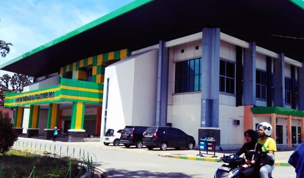 Gedung Olah Raga Semua Jurusan di UNP Padang