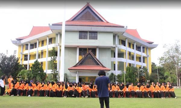 Gedung Rektorat Kampus Universitas Halu Oleo Kendari Sulawesi Tenggara