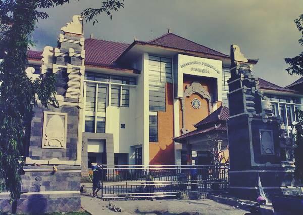 Gedung Rektorat Universitas Pendidikan Ganesha Singaraja Buleleng Bali