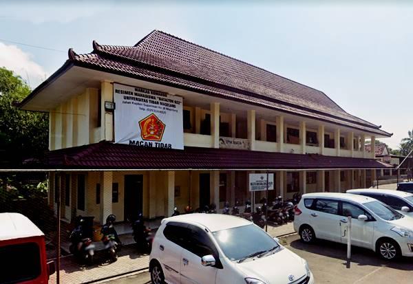 Gedung Unit Kegiatan Mahasiswa Tingkat Universitas Di Untidar