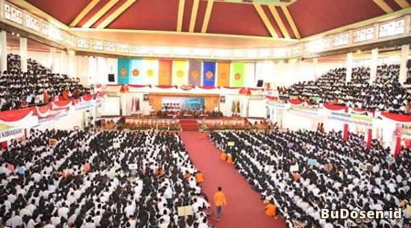 Kegiatan Peresmian Mahasiswa Baru di Universitas Jambi Periode 2019/2020 Lalu