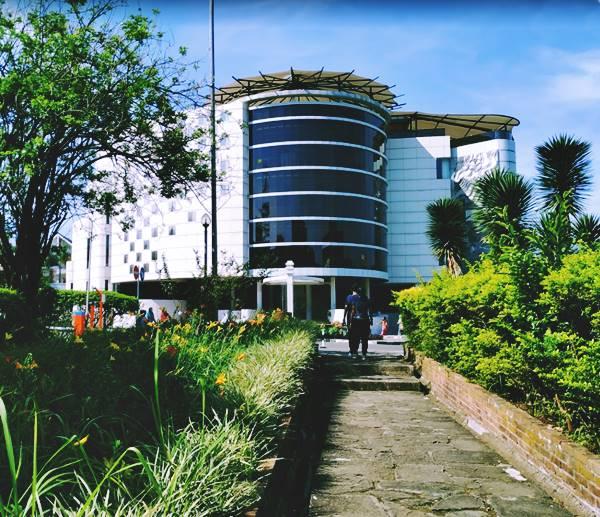 Salah Satu Gedung Ikonik di Kampus Utama UPI