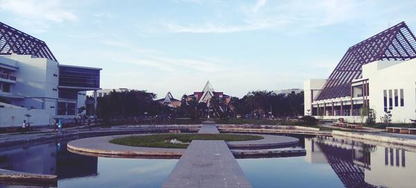 Taman Kampus Universitas Tanjungpura Pontianak Kalimantan Barat